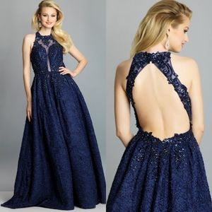 NWT Dave & Johnny V-Neck Sparkle Ball Gown gown M